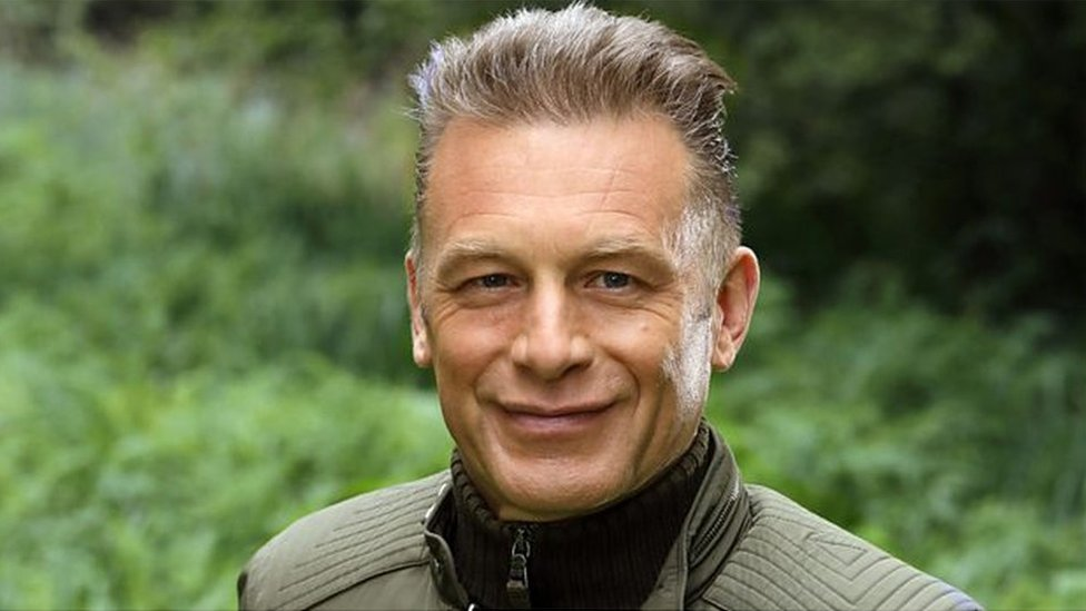 TV's Chris Packham condemns dead crows hung from gate