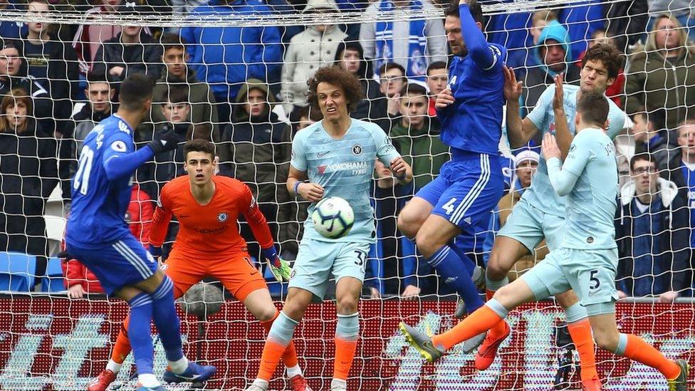 Premier League: Chelsea surprend Cardiff