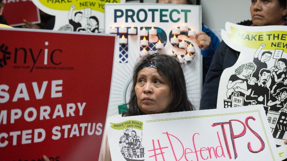 El anuncio de la finalización del TPS para casi 200.000 salvadoreños generó protestas en Estados Unidos.