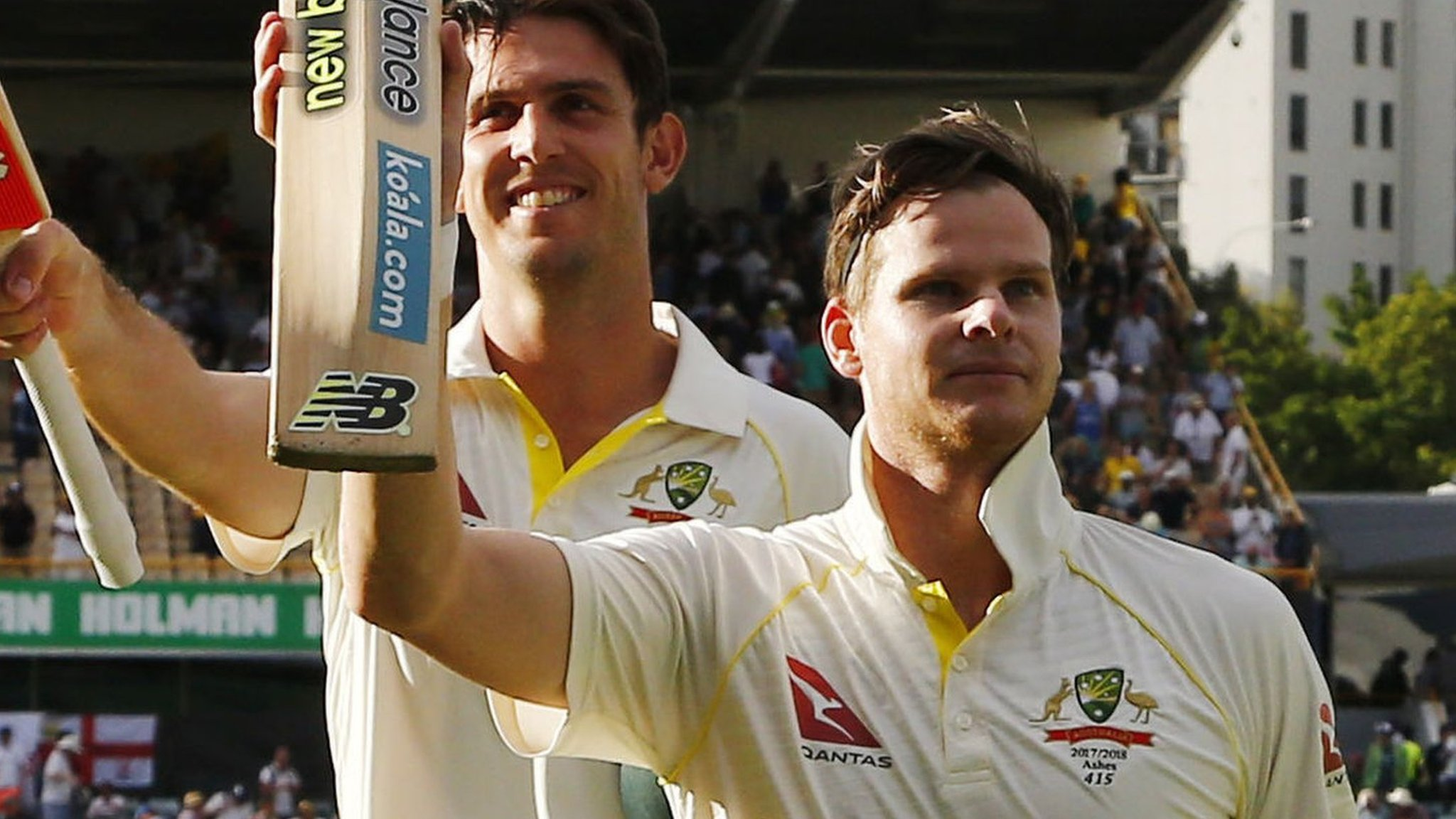 Smith humiliates England at the Waca