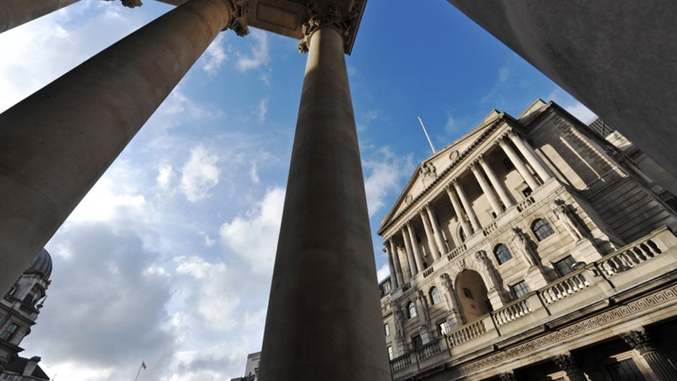 UK interest rates on hold amid Brexit impasse