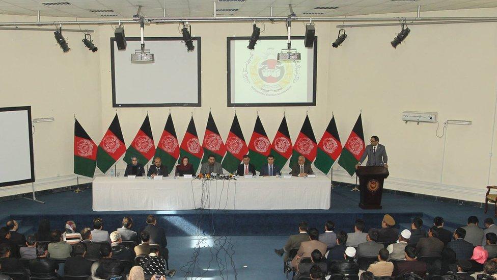 کمیسیون انتخابات افغانستان زمان برگزاری انتخابات پارلمانی را تعیین کرد