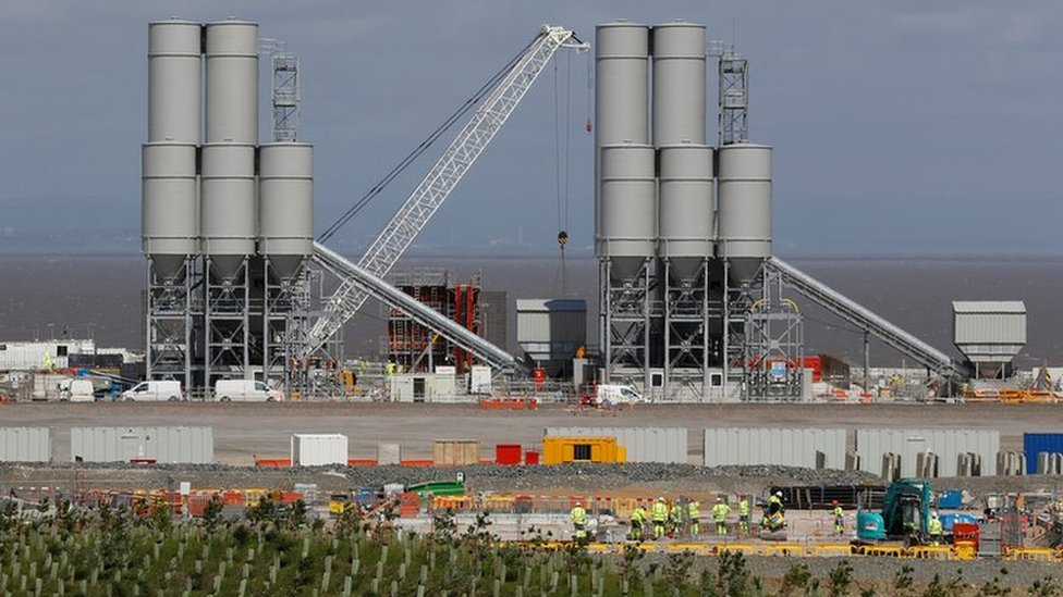Hinkley Point: EDF adds £1.5bn to nuclear plant cost