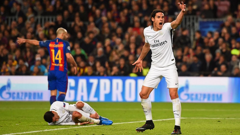 La remontada del Barcelona dio la vuelta al mundo, pero también será recordada por los fallos arbitrales que lo beneficiaron.