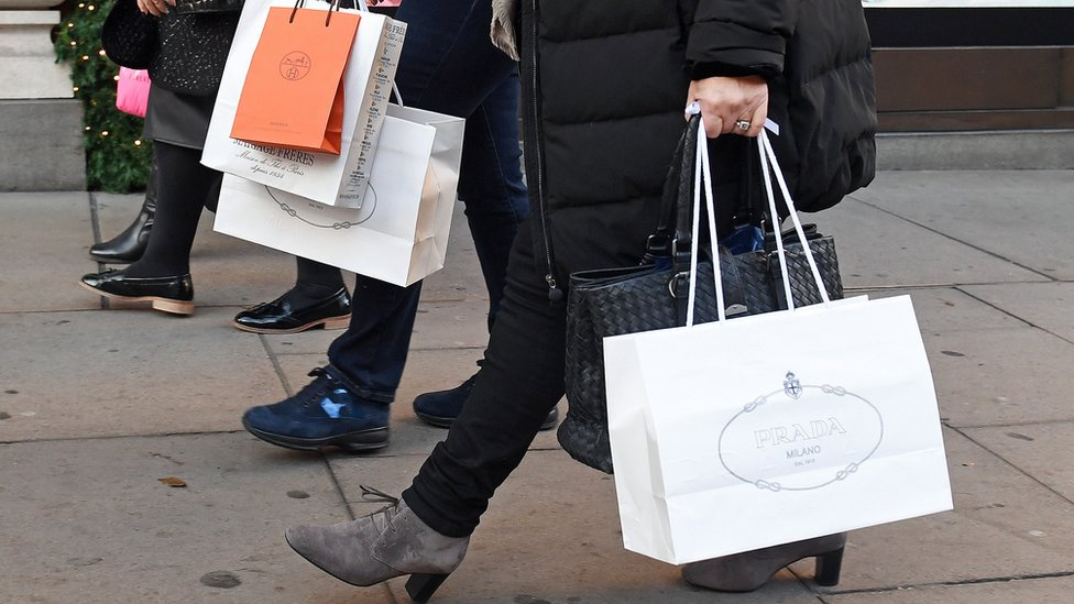 November shopper footfall 'worst since recession'