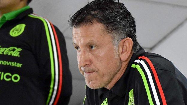 Juan Carlos Osorio, el entrenador de México, considera que hay cantos peores que los de su equipo.