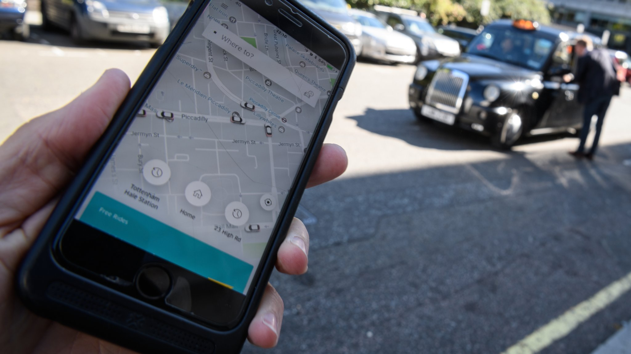 Uber agrees investment deal with SoftBank