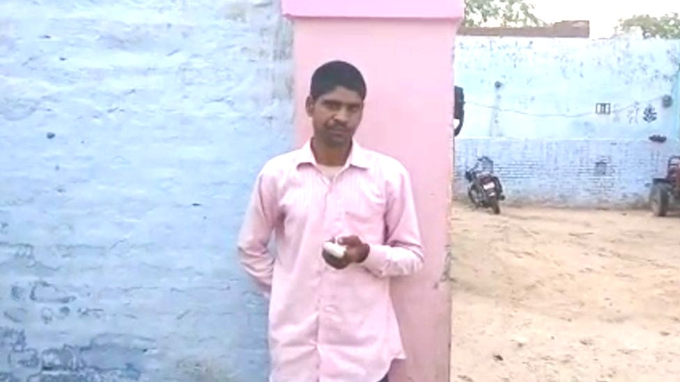 India voter 'chops off finger' after voting for wrong party