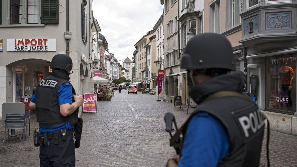 پلیس سوئیس در تعقیب مهاجم مسلح به ارهبرقی