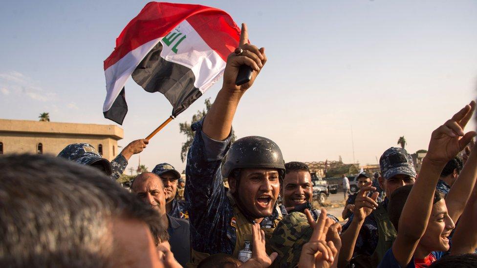 احتفالات القوات العراقية بالنصر