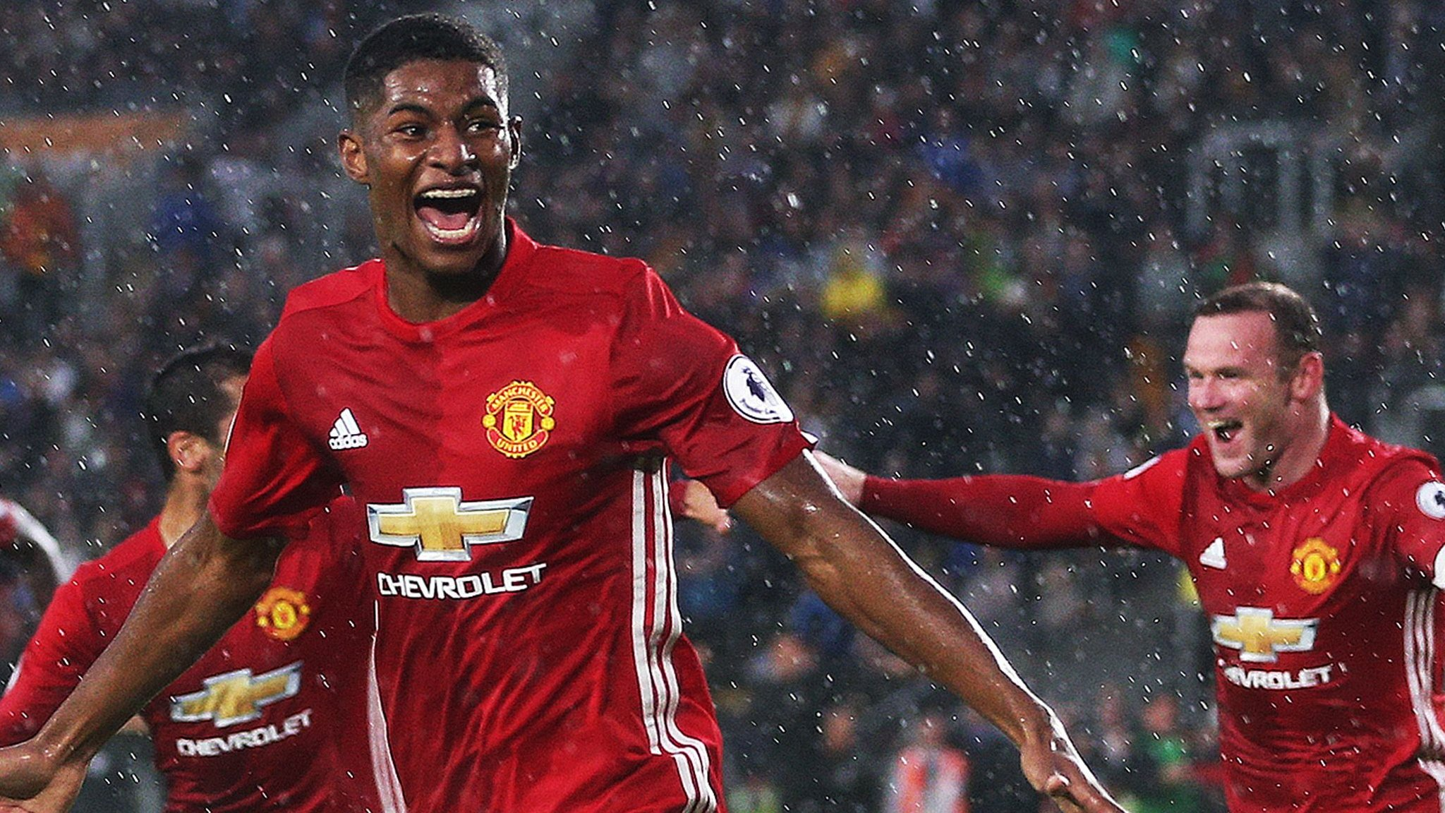 'Amazing mentality' helps Man Utd to win at Hull