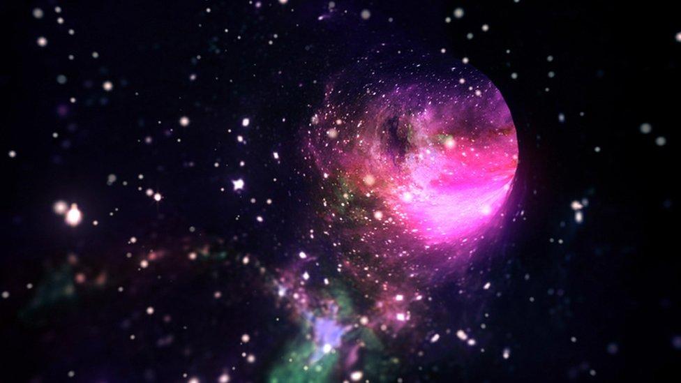 """Cómo nuestra comprensión actual del universo es en verdad """"una admisión de  nuestra ignorancia"""" - BBC News Mundo"""