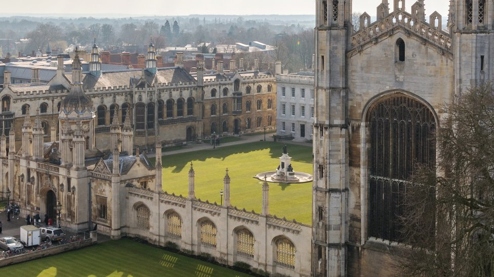 King's College racism row: Students support academic