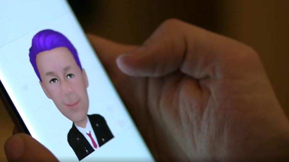 El S9 de Samsung siguió los pasos de Apple y también permite crear y enviar emojis personalizados.