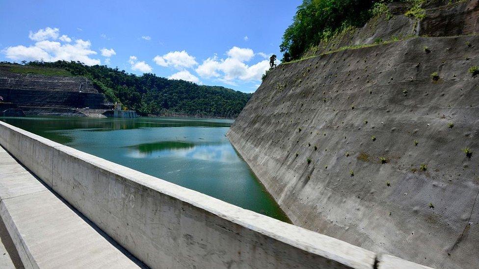 En 2016 Costa Rica pasó más de 250 días utilizando electricidad proveniente únicamente de energías renovables.