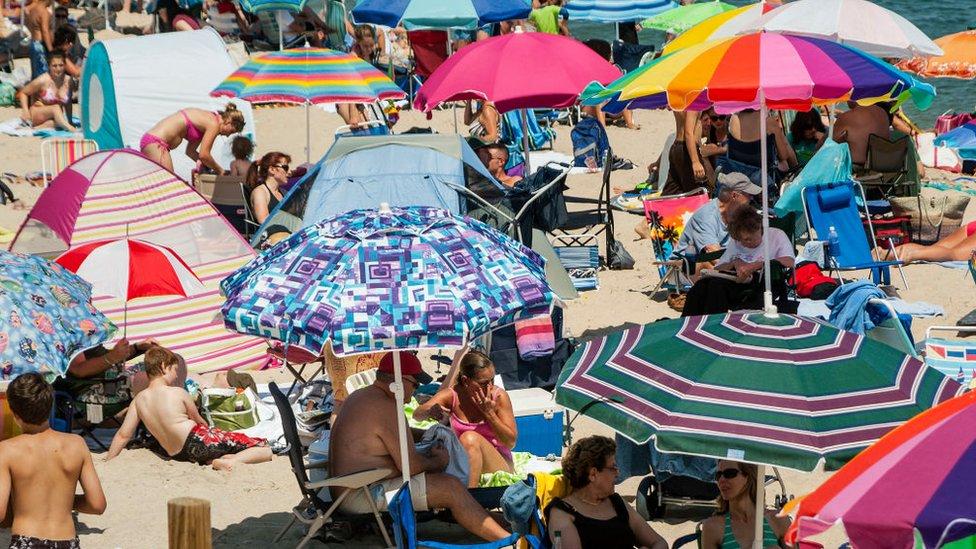 Beach-lovers beware: Umbrellas injure thousands a year