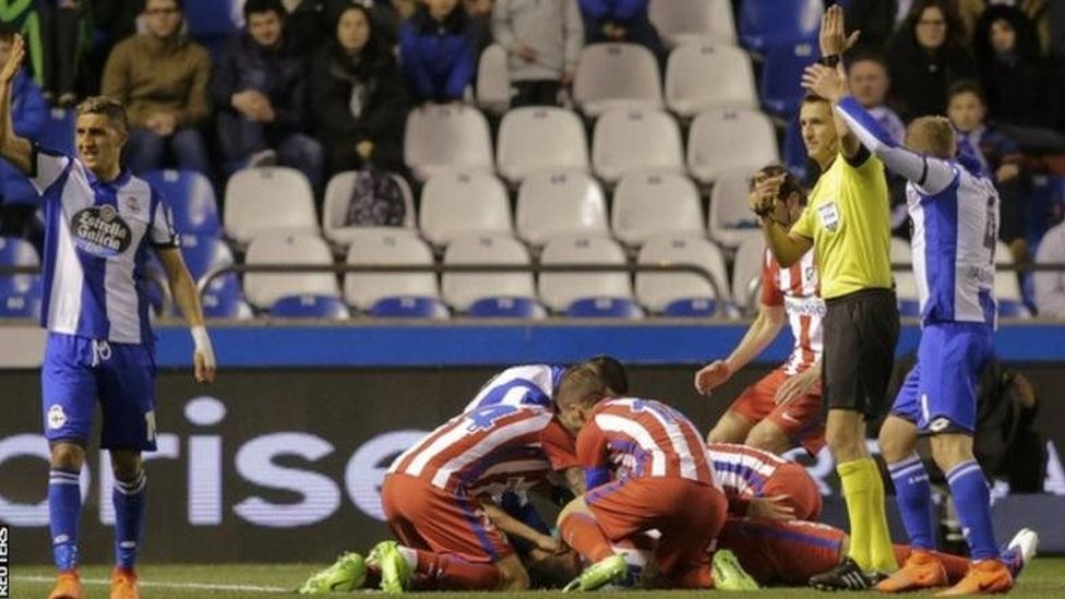 مباراة أتليتكو مدريد وديبورتيفو لاكارونا في الدوري الإسباني