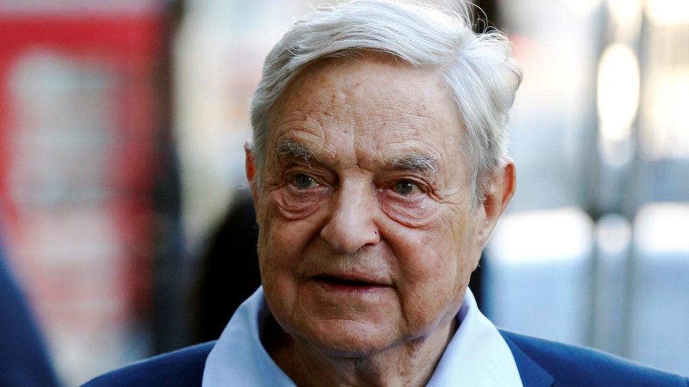 Soros, kendi vakfına 18 milyar dolar bağışladı