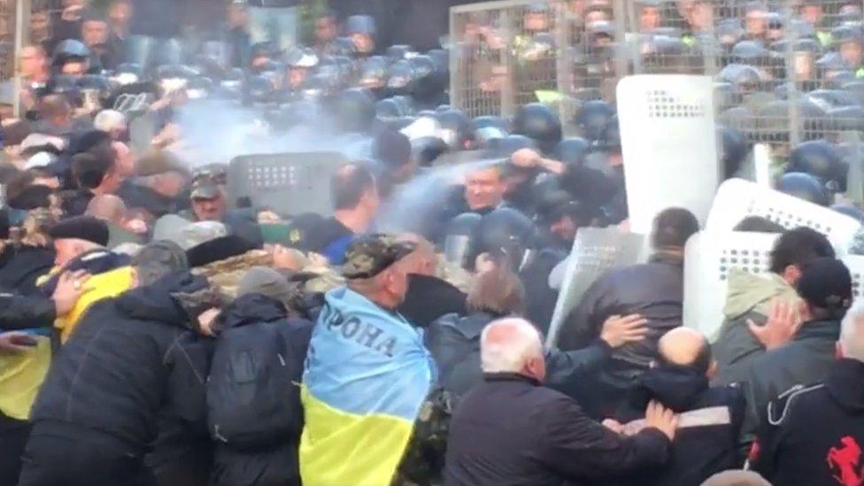 Нові сутички під Радою: затримали 11 мітингувальників