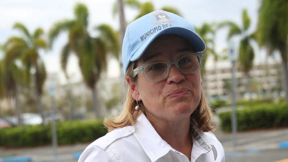 """La alcaldesa de San Juan, Carmen Yulín Cruz, ha criticado al gobierno del presidente Trump por su """"débil"""" respuesta al desastre."""
