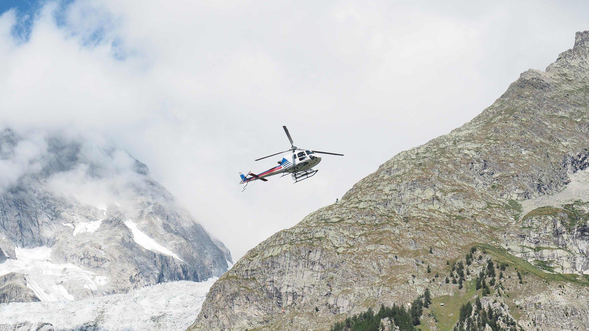 Body of one of Italian Mont Blanc climbing trio found