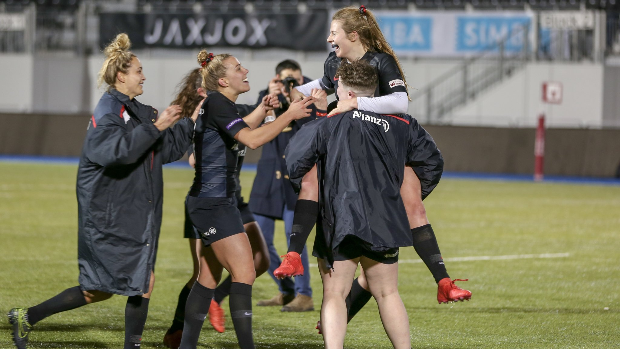 Premier 15s: Saracens Women maintain seven-point lead at the top