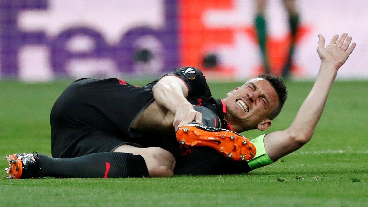Laurent Koscielny: Arsenal defender set for six months out after Achilles surgery