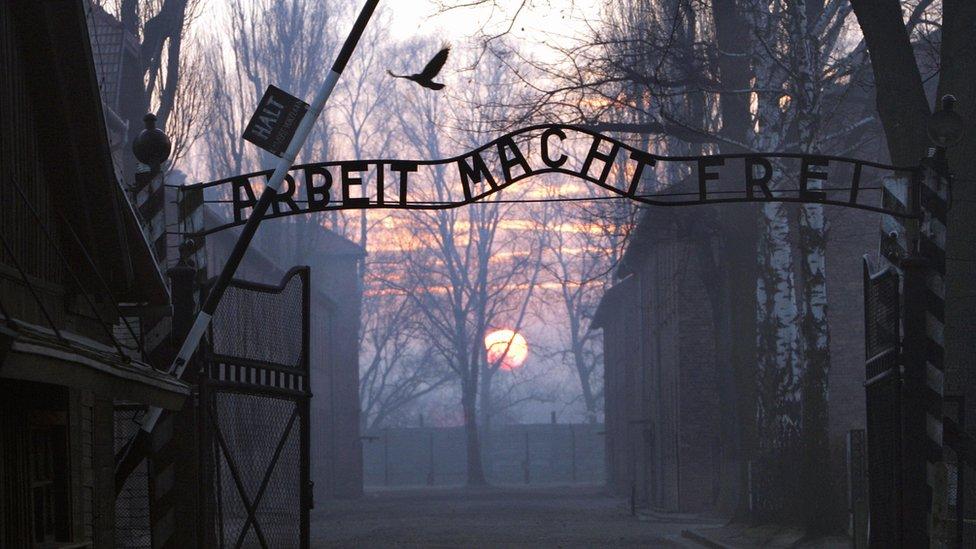 Entrada al campo de concentración de Auschwitz