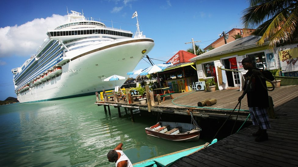 Cruise ship calls at Antigua
