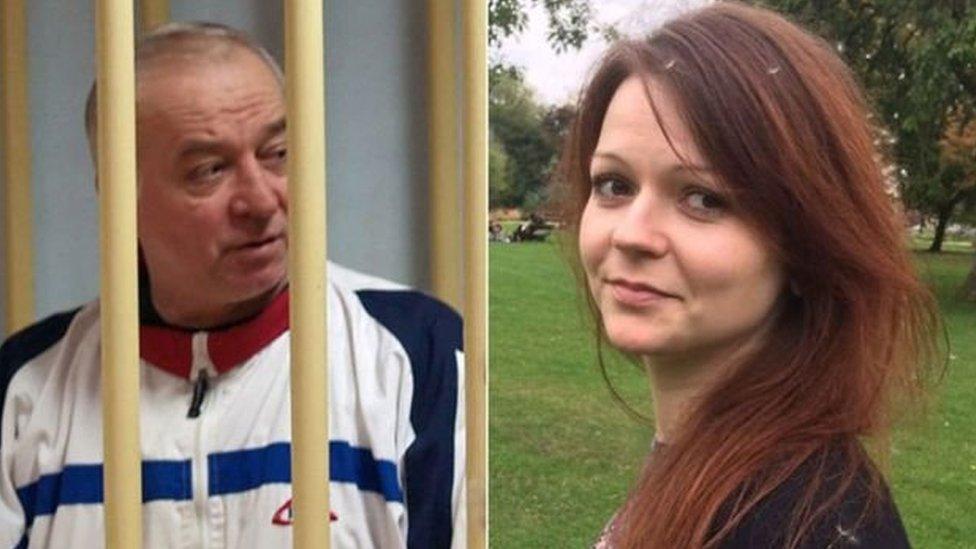 سيرغي سكريبال، 66 عاما، وابنته يوليا، 33 عاما