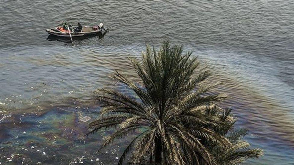 يمد النهر مصر بـ 97 في المئة من المياه التي تحتاج إليها