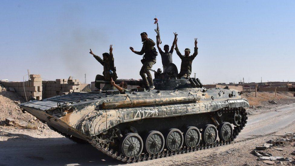القوات السورية تكسر حصار تنظيم الدولة على دير الزور