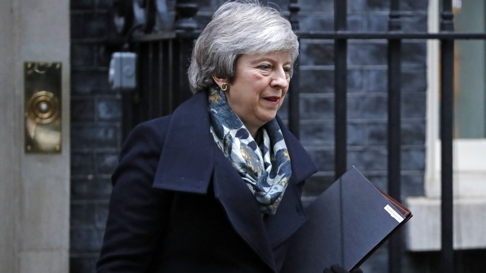 Brexit: Cabinet to consider ramping up no-deal plans