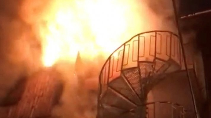 Courchevel fire: Footage shows deadly blaze at French ski resort