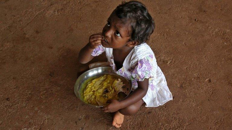 Kerala floods: Relief teams rescue 22,000 as rains ease