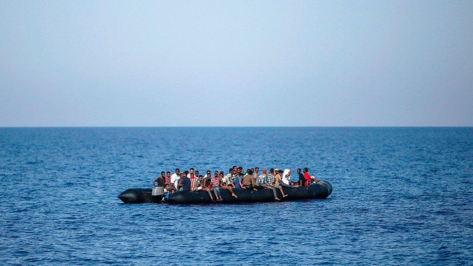 ONU: Desaparecen hasta 55 migrantes ante la costa de Yemen