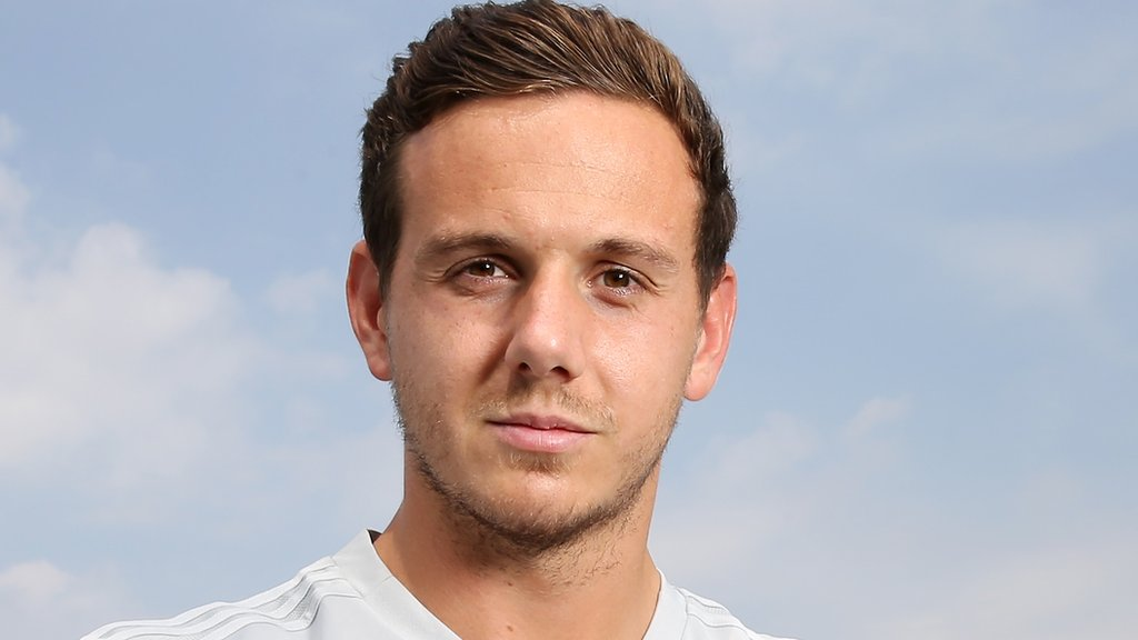 Leicester City sign Liverpool goalkeeper Danny Ward for £12.5m