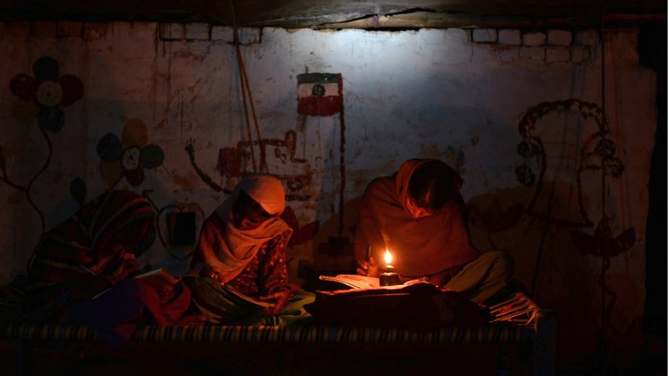 India's $2.5bn scheme to electrify every household