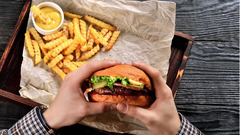 Sit-down meals 'less healthy than fast-food'