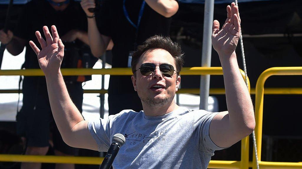 Elon Musk says Saudis back Tesla buyout