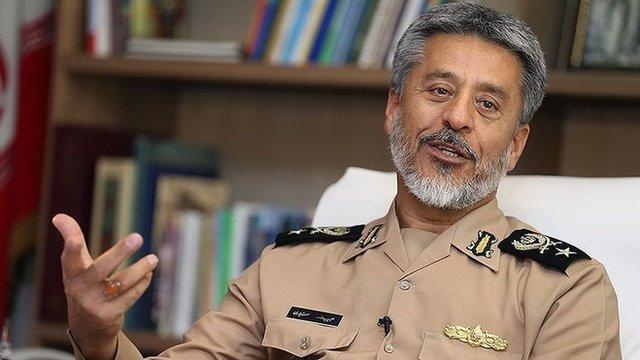 انتقاد دریادار سیاری از سپاه و تفاوت دیدگاهش با فرمانده ارتش Bbc