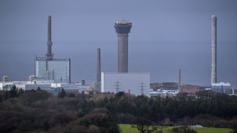 Explosives experts called to Sellafield over chemical concerns