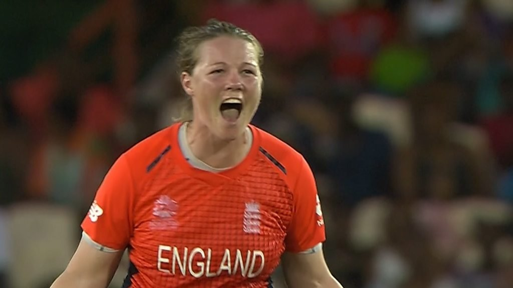 Watch: England's Shrubsole takes two quick wickets