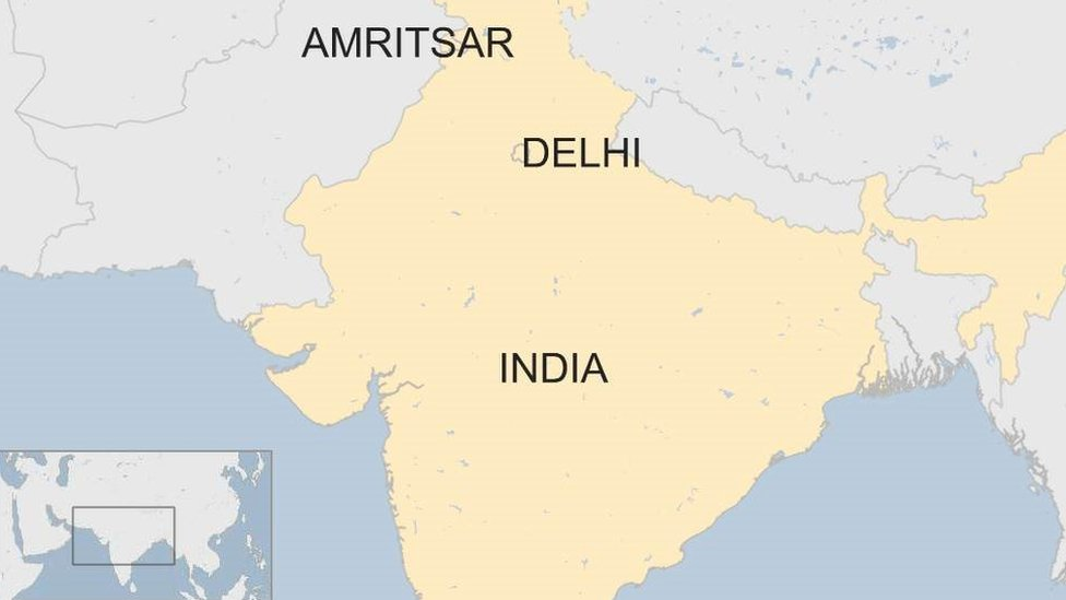 Amritsar: Many feared dead in train accident   BBC