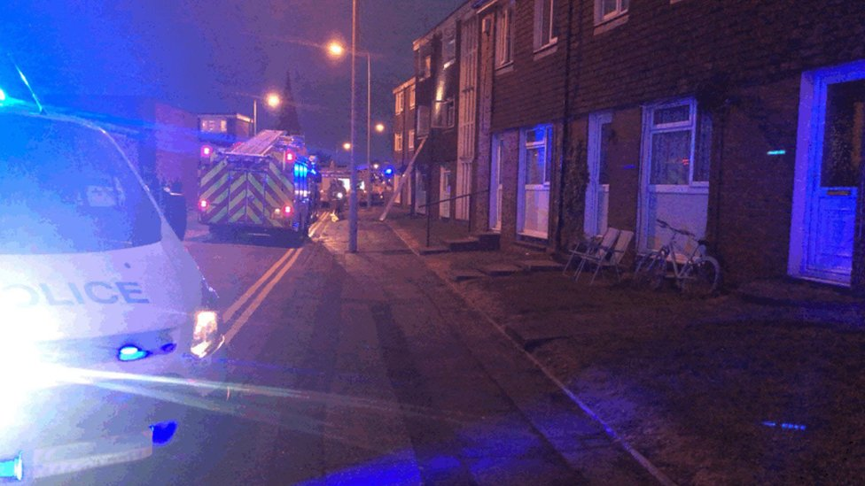 Preston flat fire: Police officers praised for rescue