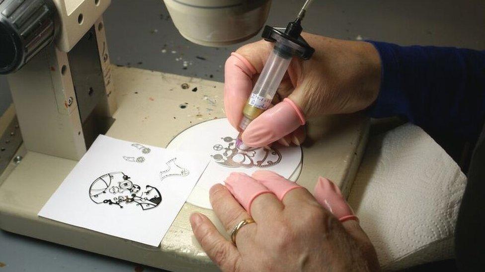 A Fabricar 13 Cómo México Krüger RelojesTele Inspiró Fiona qUSMpzGV