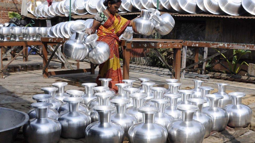 Ấn Độ bắt người giết vợ 'vì bị từ chối tình dục'
