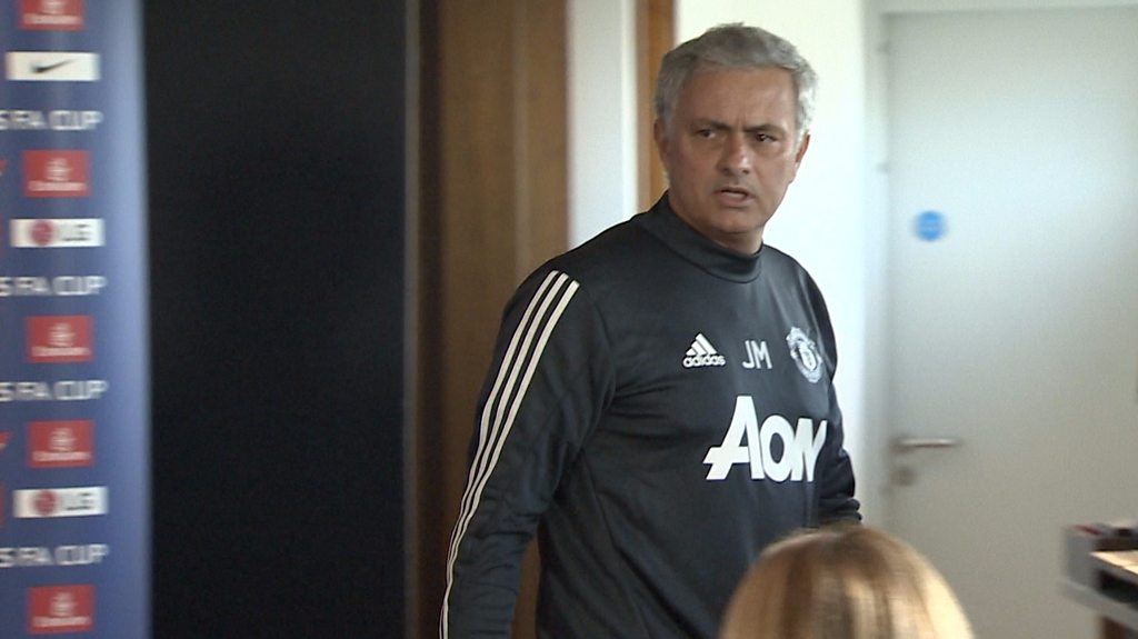 Jose Mourinho: Man Utd boss in part two of extraordinary news conference