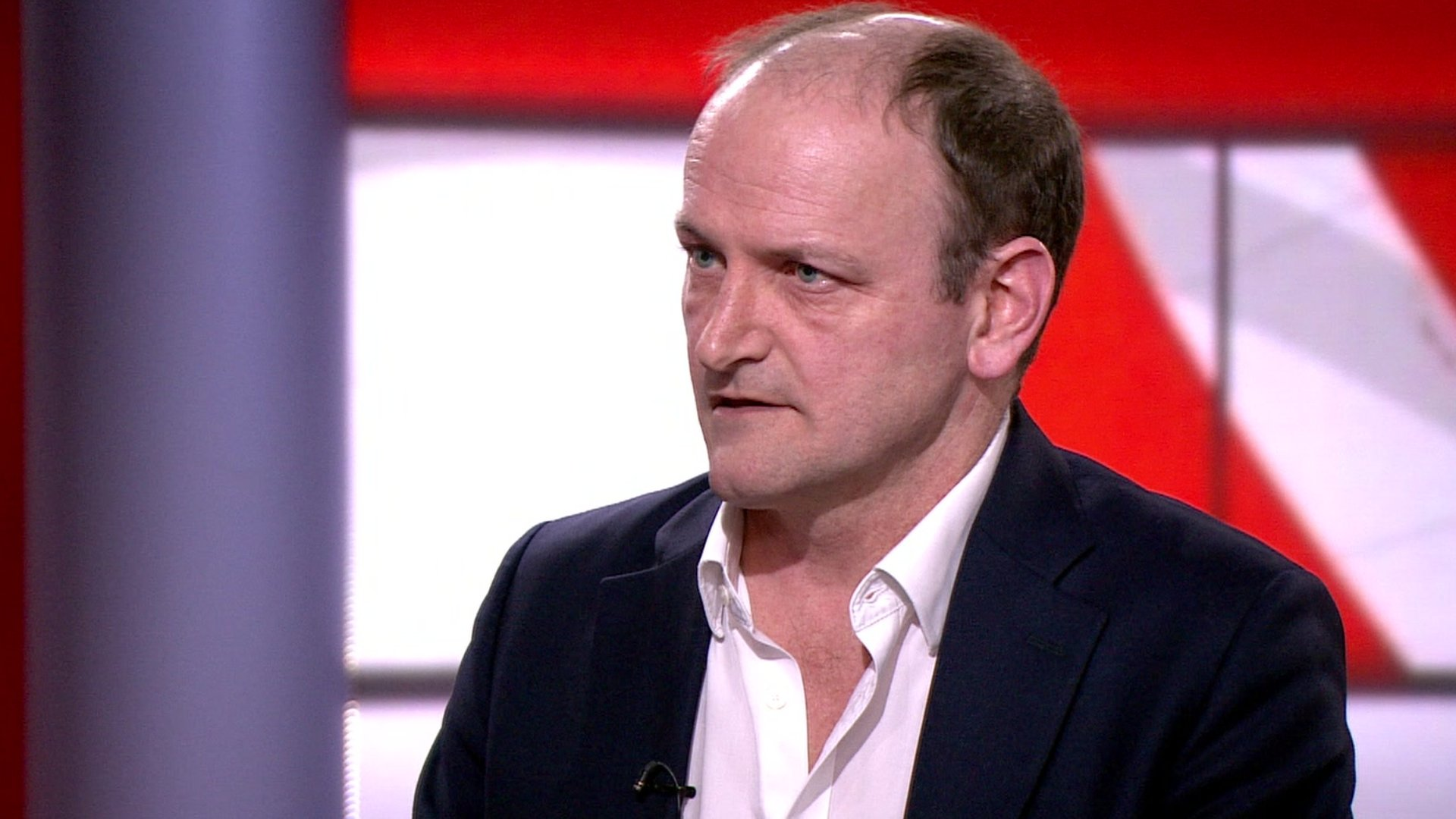 Douglas Carswell quitting UKIP to become independent MP for Clacton