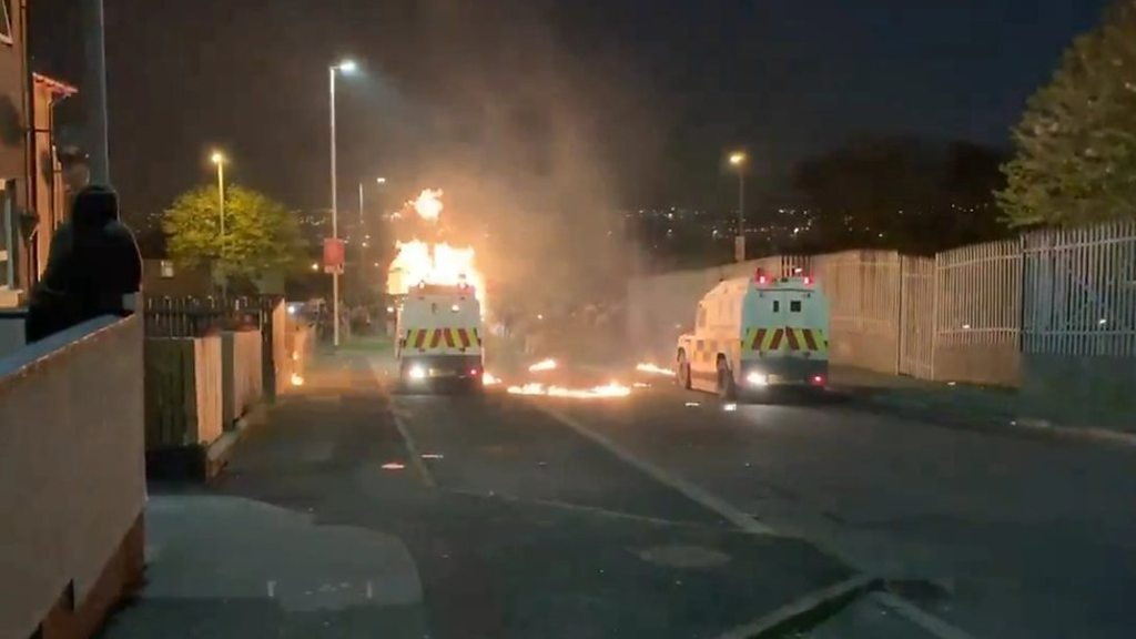 Petrol bombs thrown at police vehicles